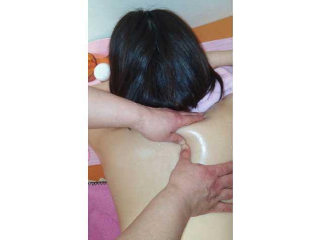 千葉県千葉市不妊症成功率NO1やすらぎアロマ整体院の写真5