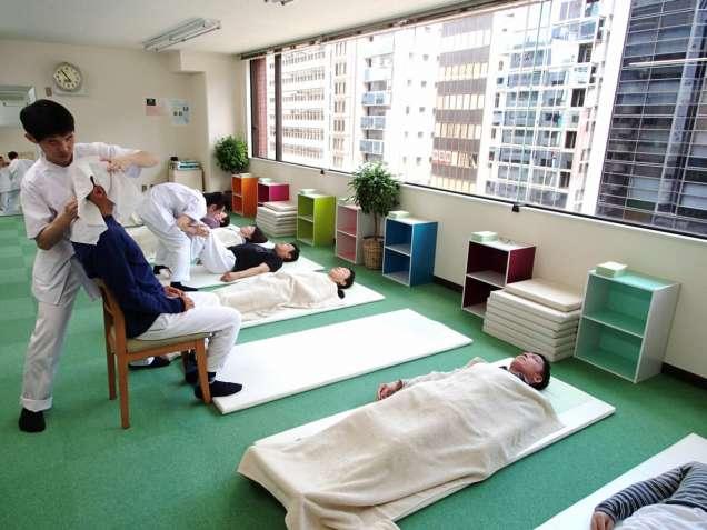 骨盤ゆらゆら整体:川井筋系帯療法 東京治療センターの写真1