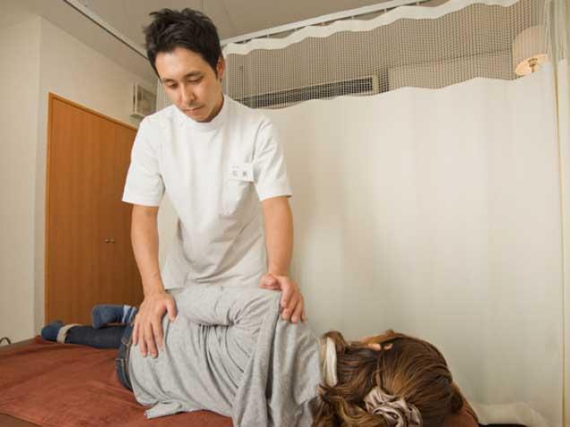 さらさ整骨院【産後骨盤矯正・マタニティ整体・腰痛治療】の写真2